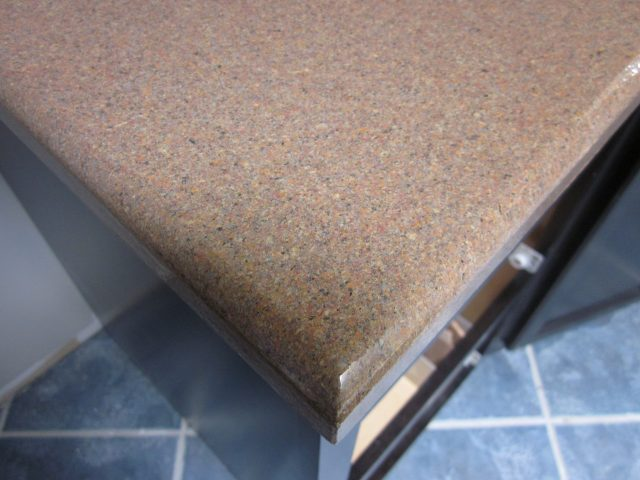 After-Close-Up Countertop Edge